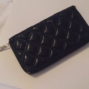 Handbags - Black wallet patten faux leather quilted